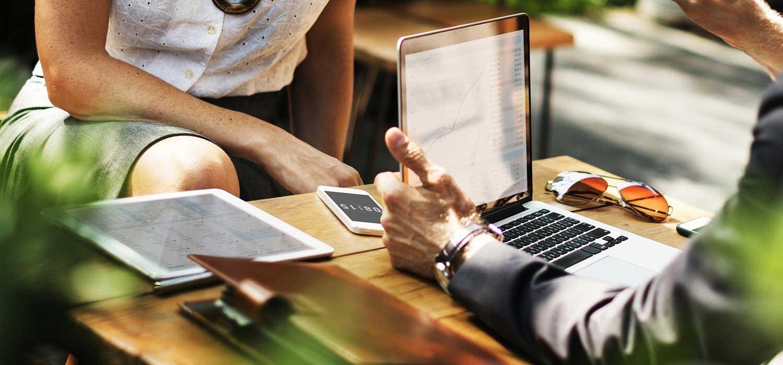 SaaS Company Analysis: How SaaS Companies Acquire Business